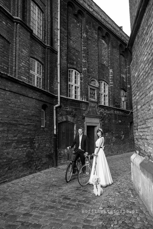 Sesja ślubna Gdańsk Fotografia ślubna na rowerach