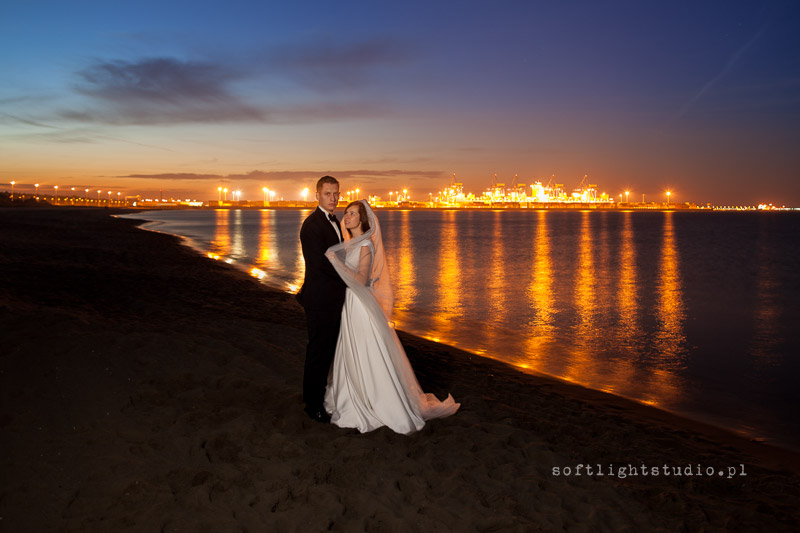 Plener ślubny nocą nad morzem, Gdańsk